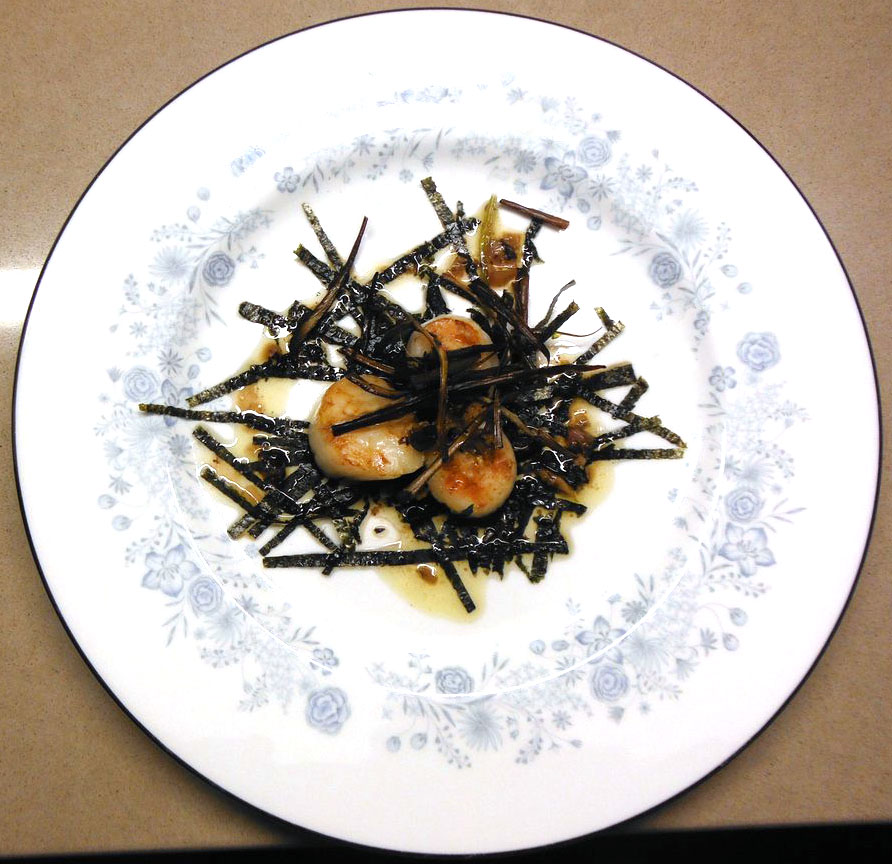 Scallops with Black Bean Dressing