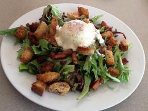 Salade Lyonnaise à la Madeleine