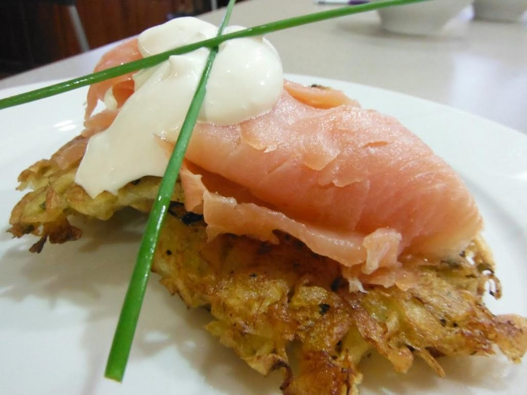 Recipes Potato Cakes With Smoked Salmon Amp Sour Cream