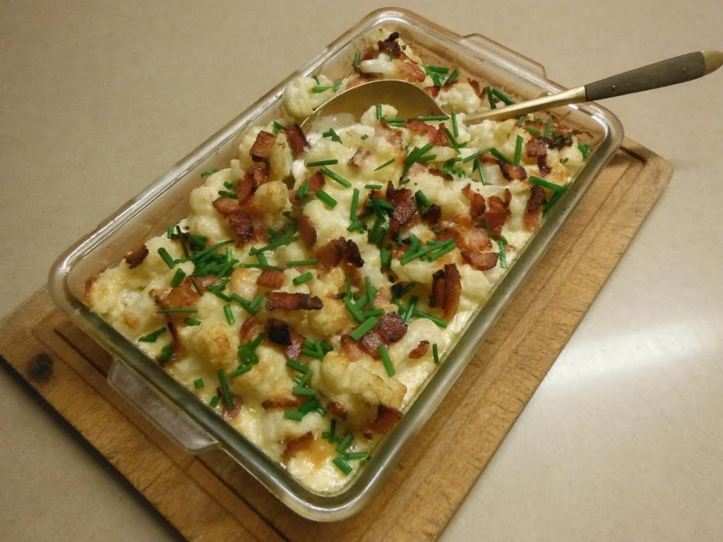 Baked Cauliflower with Cheese and Bacon